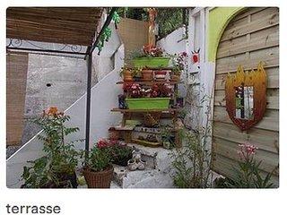 Appartement F3 avec grande terrasse fleurie à la frontière Franco-Espagnole