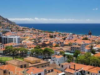 Relax and Enjoy in Funchal's Center