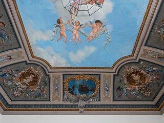 Casa Darsena with Sea View Balcony by Wonderful Italy