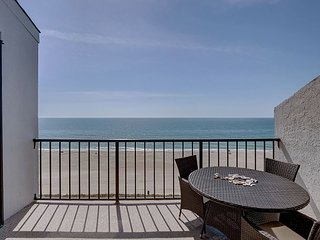 Station One - 8F Hartsook-Oceanfront condo with community pool, tennis, beach