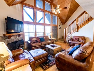 April Bookings Special! Beautiful Lodge for $150 a Night/Two Night Minimum!