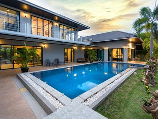 Fully serviced Grand Villa Luxury Holidays Phuket