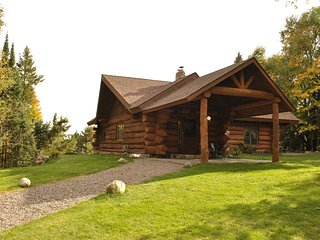 BEAUTIFUL STAR LAKE RETREAT, LOG HOME,  2 PRIVATE ACRES , STAR LAKE PENINSULA