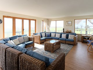 Fairhaven - Large beach house located in the quirky costal village of Thorpeness