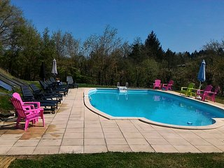 PUYRONDCAMPING.COM ,CAMPING,CHALET HIRE,AIRSTREAM HIRE,SAFARI TENT HEATED POOL