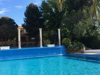 Magnifique f2 climatisée en Rez de jardin ,piscine malibu village topaze