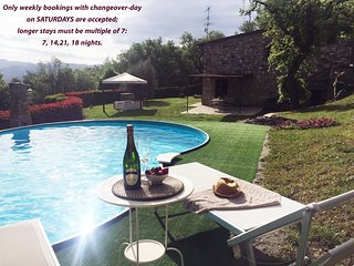 Cottage with pool for 2 couples - Interesting promotions for late Summer weeks..