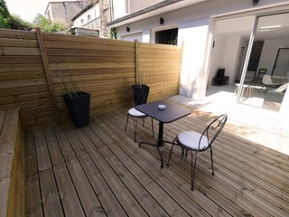 ★ TERRASSE ★ STUDIO ★ PARKING (optional) ★ SWEETHOMEBORDEAUX