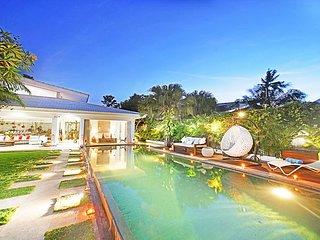 Jumah Luxury 4 Bedroom Villa close to 'Finns', Berawa