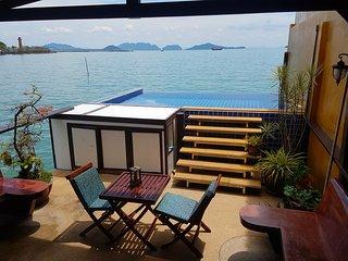 Poolvilla on the Andaman ocean, amazing seaview!