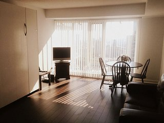Executive Stay at Pantages Tower (Dundas Square) - 3510