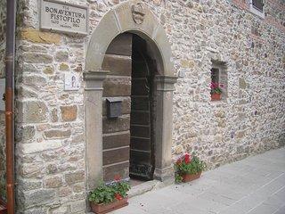 Pistofilo House Oplomachia
