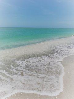 CASA ALTA ON THE BEACH - 28 days min rental period