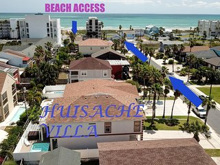 STUNNING 4BD/3BA,BILLIARD TABLE,HOT TUB/HEATED SWIM. POOL,5 HOUSES TO BEACH,WIFI