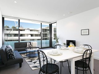 Fresh Sydney Harbour Apartment