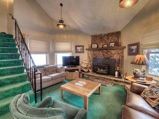 Blue River Mountain Cottage- Colorado's Best!