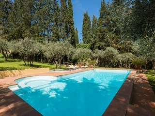 Il Melograno, Villa in Florence, Pool, Parking, Wifi