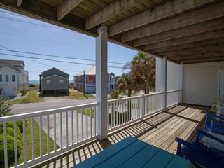 Less than 1 Min Walk to Beach! Pet Friendly, Ocean Views from Big Deck, and Larg