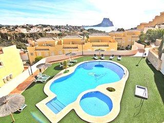 Bungalow 6 personas cerca de la playa con piscina comunitaria y parking.(AMON28)
