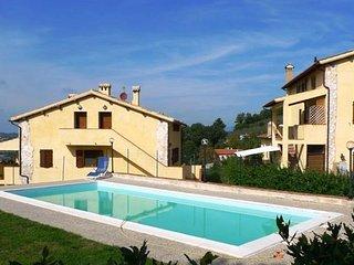 Appartamento con pietra a faccia vista a Spoleto nel verde delle colline umbre