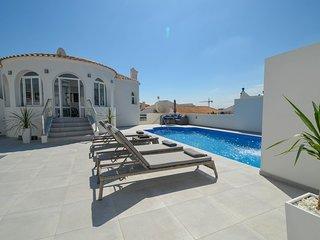 Luxury Deatched Villa