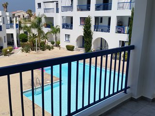Central secure luxury accommodation with pool airconditioning & private parking
