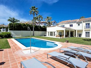 4 Bedroom Villa with Private Pool, Central La Cala de Mijas