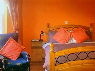 Double Room/Twin w/ Bfast : Doughlasha Hs Bed and Breakfast
