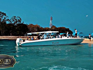 LUXURY BOAT RENTAL CARTAGENA