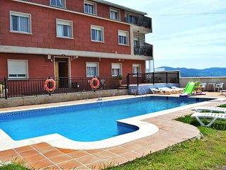 Ref. 11972 Apartamento con piscina en Rias Baixas