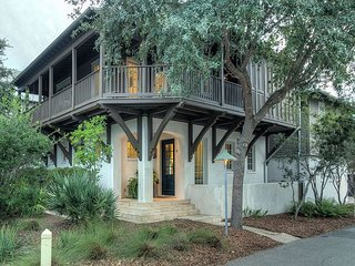 Blue Heron Cottage & Carriage House - Gorgeous Redesign!!