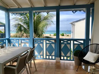 Charming 2 bedrooms duplex, beach front, ocean view, pool