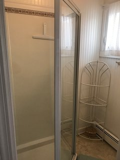 upstairs separate shower room