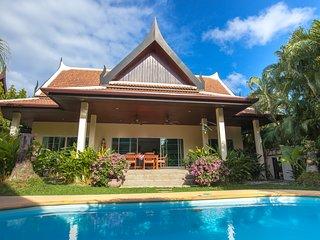 2 Bedrooms Comfortable Pool Villa - Montaplan