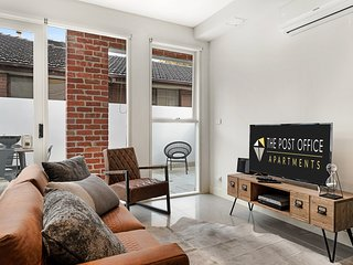 BRAND NEW! Post Office Apt St Kilda East 2 bed 2 bath Duplex