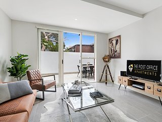 BRAND NEW! Post Office Apt St Kilda East 2 bed 1 bath Luxury