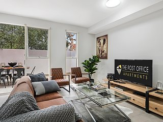 BRAND NEW! Post Office Apt St Kilda East 1 bed 1 bath Luxury