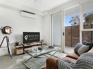 BRAND NEW! Post Office Apt St Kilda East 1 bed 1 bath Modern