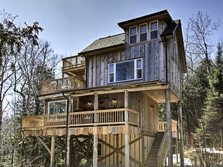 NEW-'Eagle's Nest' Mountain Home near Oconto River
