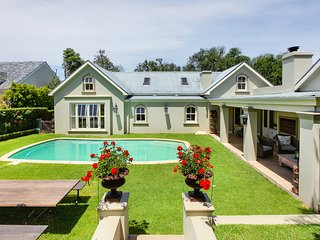 3 bedroom Constantia home PRIVATE WATER SUPPLY
