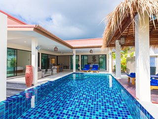 2 Bedrooms Charming Pool Villa - Bluebird