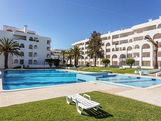 Elvin Carmin Apartment, Porches, Algarve