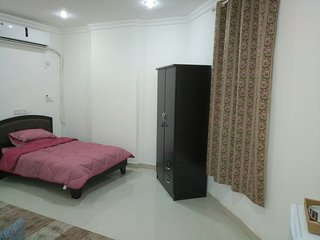 Bright & Stylish Apartment/Walking distance to Persian Golf!!!