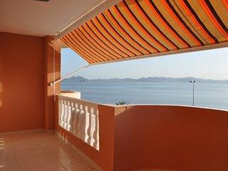 En primera línea de playa, apartamento 1 dormitorio zona Pedruchillo