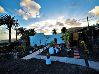 Hervideros Lanzarote - WiFi & Gay Friendly