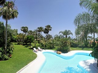 Amazing Holiday Villa in Serra Blanca Banus Marbella Spain