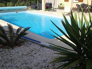 Villa avec piscine privee
