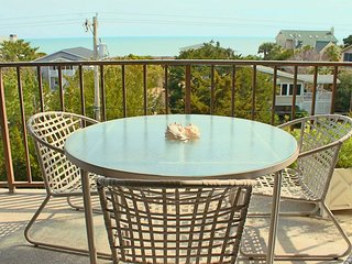 Litchfield Retreat 409 - Oceanfront of Building