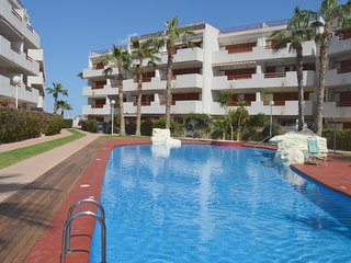 Fabulous Playa Flamenca apartment with WiFi
