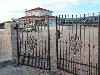 Villa Novalja Katarina